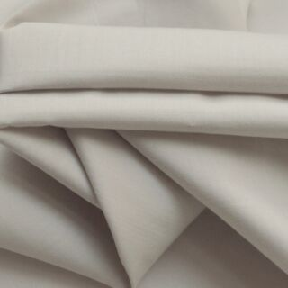Photography of Plain Dyed Cotton Poplin - Palest Grey