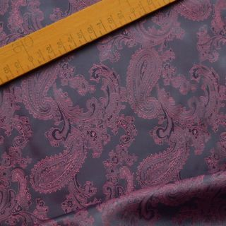 Photography of Paisley Changeant Linings B - Purple/Lilac