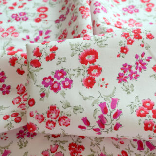 Photography of Poplin Prints - Summer Meadow - Pink