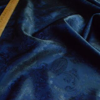 Photography of Paisley Changeant Linings - Navy