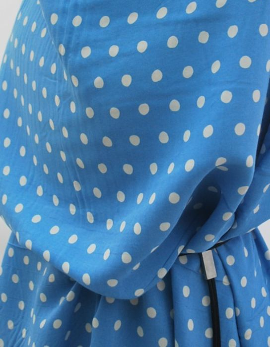 Sky Lap - Blue and white spotty dress fabric - cu