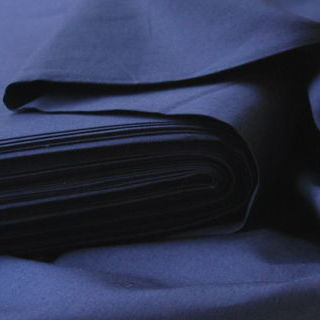 Photography of Plain Dyed Cotton Poplin - Navy