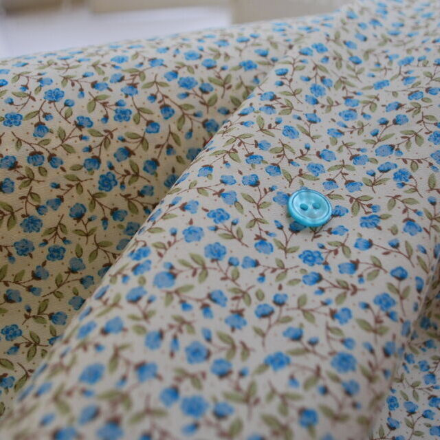 Photography of Poplin Prints - Tiny blue rose