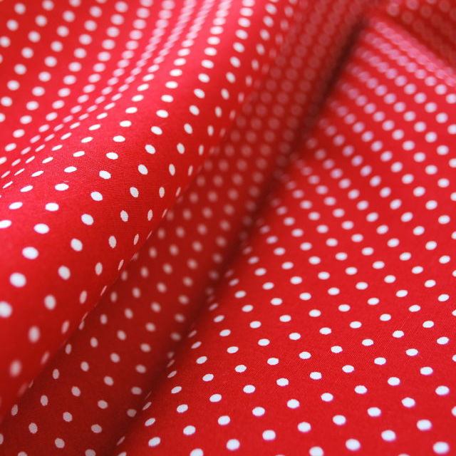 Poplin Prints_Crafty Spot_Red