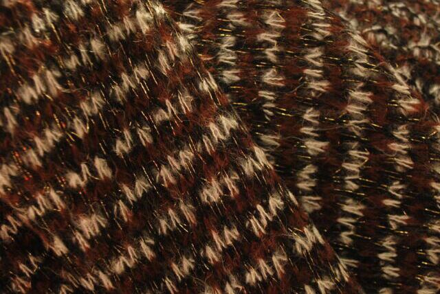 Acrylic & Nylon & Wool Knit in Light Brown_Close Up