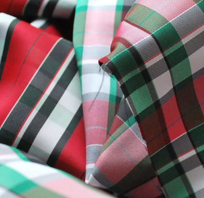 Reversible Check lining Green & Red close up