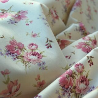 Photography of Poplin Prints - English Rose - Pink