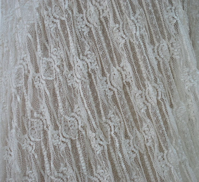 Cagney polyester lace cu