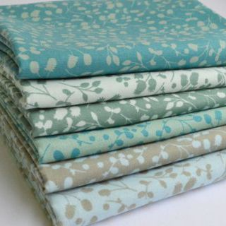 Photography of Fat Quarter Fabric bundle - 6 Pieces - Sprig - March