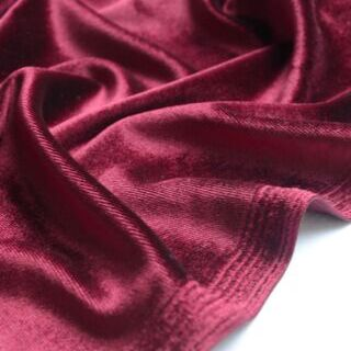 Photography of Set Piece - Panne Velvet- Wine 1m